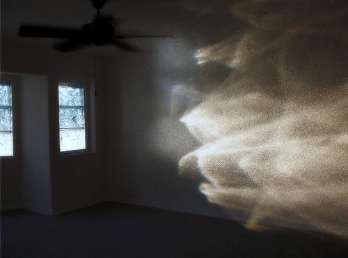 De nombreux scientifiques ont tenté de prouver l'existence des fantômes.